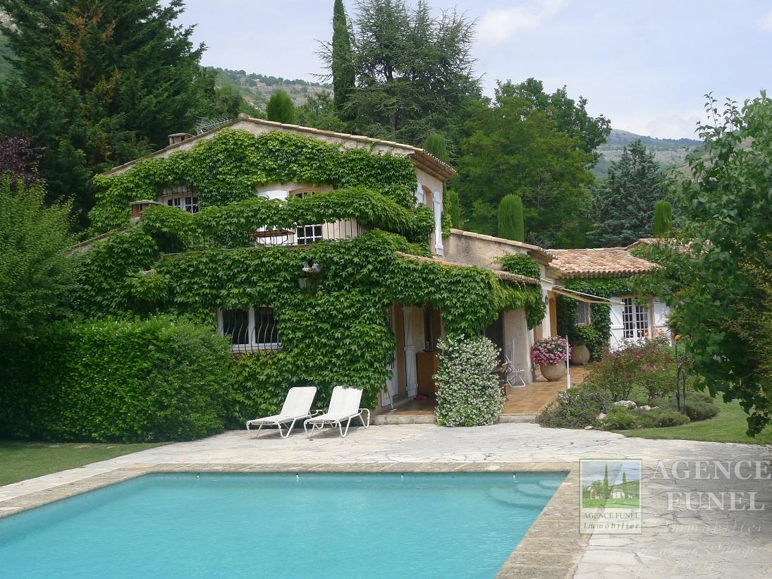 Vente appartements villas propri t s st vallier de for Piscine de saint vallier